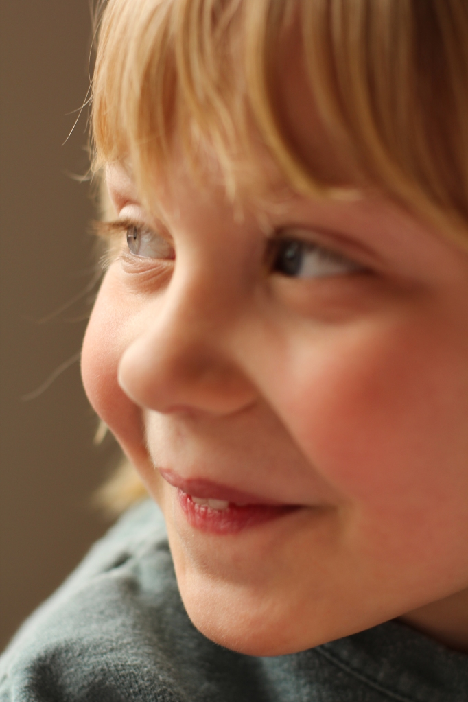 child portrait using natural window light